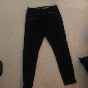 black skinny jeans with pocket zippers